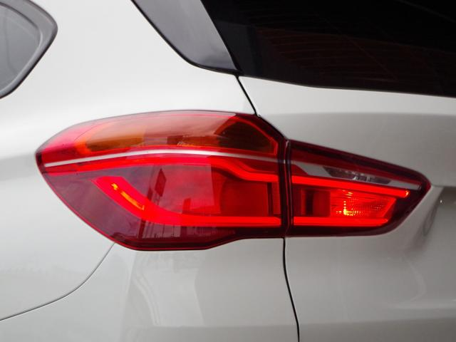 xDrive 20i ACC パワーバックドア LEDライト(14枚目)