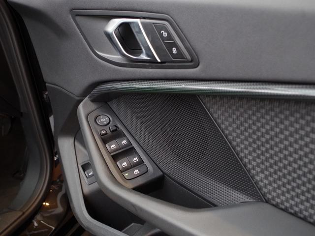 「BMW」「1シリーズ」「コンパクトカー」「富山県」の中古車18