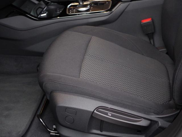 「BMW」「1シリーズ」「コンパクトカー」「富山県」の中古車33