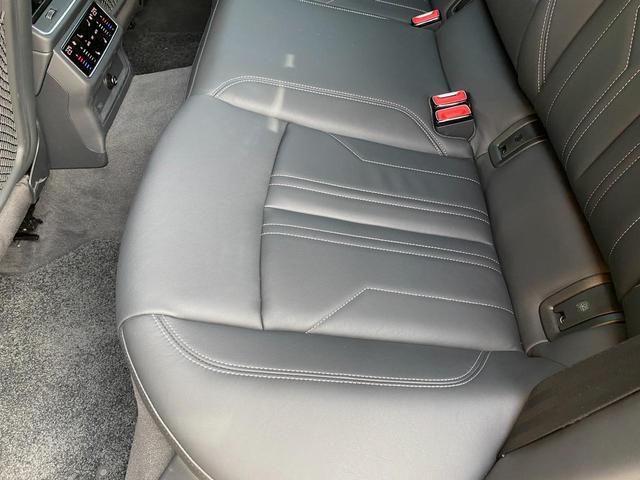 「アウディ」「A7スポーツバック」「セダン」「富山県」の中古車38