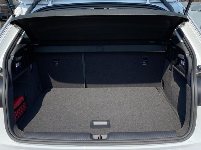 「アウディ」「Q2」「SUV・クロカン」「富山県」の中古車23