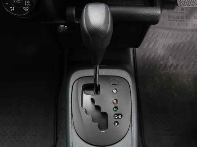 DXコンフォート エアコン エアバック パワステ ABS ETC 横滑り防止装置 パワーウィンド ワイヤレスキー 定期点検記録簿 デュアルエアバック(10枚目)