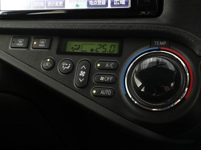 G AUX 横滑り防止機能 TVナビ パワステ メモリナビ ABS DVD 記録簿 オートエアコン エアバック 盗難防止システム パワーウィンドウ キーレスエントリ- スマートKey フルセグ地デジ(12枚目)