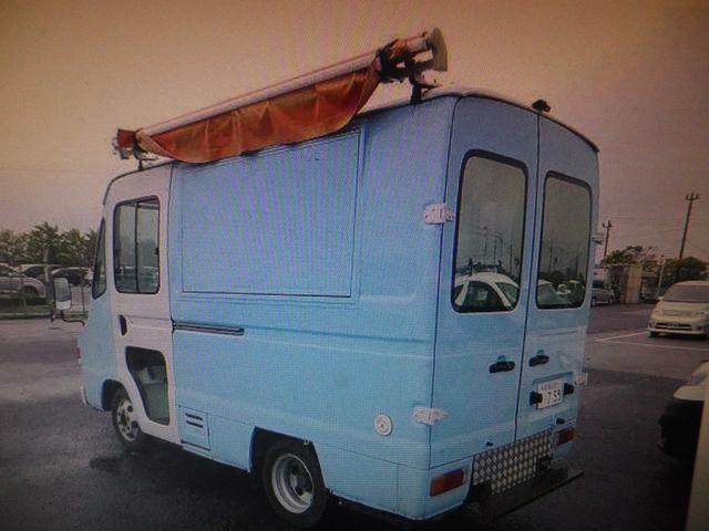 移動販売車 キッチンカー 左大型開口部(2枚目)