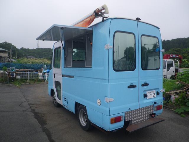 移動販売車 キッチンカー 左大型開口部(17枚目)