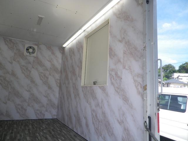 パネルバン 移動販売車 キッチンカー 左右開口部 換気扇照明(11枚目)