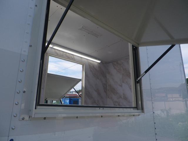 パネルバン 移動販売車 キッチンカー 左右開口部 換気扇照明(18枚目)
