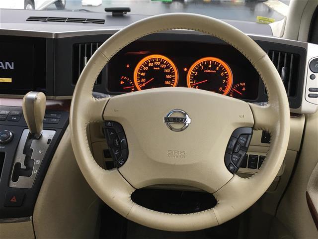 日産 エルグランド X 4WD 後席モニタ 両パワスラ メモリナビ スマートキー