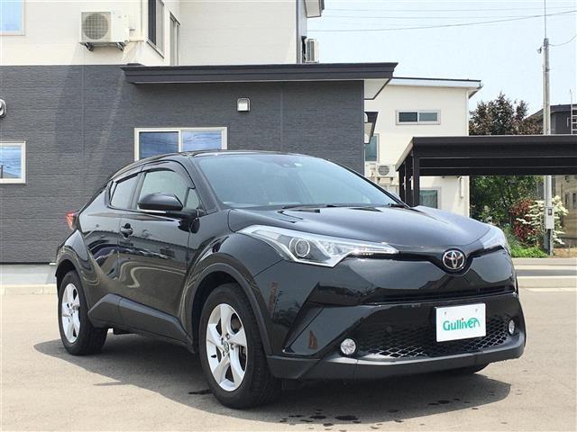 「トヨタ」「C-HR」「SUV・クロカン」「秋田県」の中古車4
