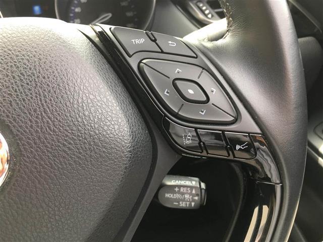 「トヨタ」「C-HR」「SUV・クロカン」「秋田県」の中古車17