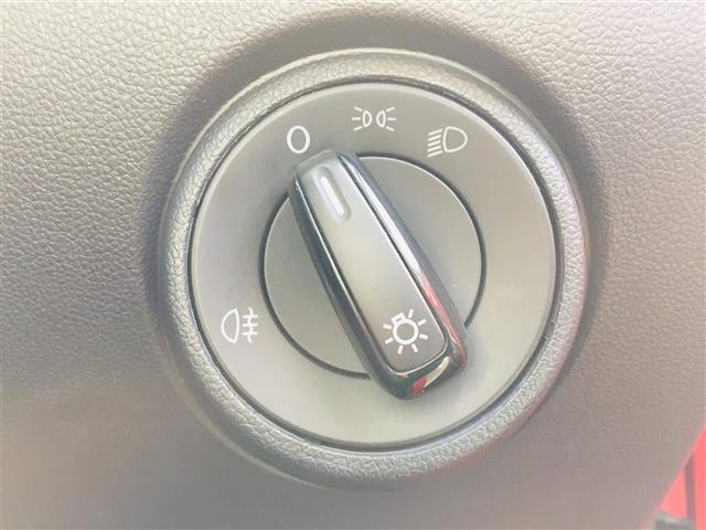 「フォルクスワーゲン」「VW アップ!」「コンパクトカー」「福岡県」の中古車8