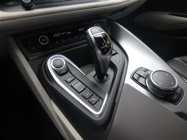 BMW BMW i8