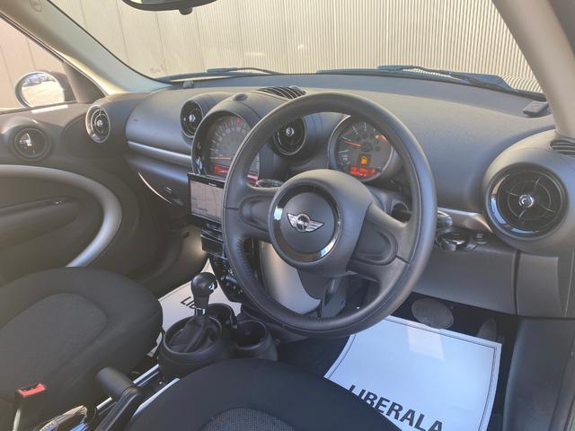 クーパーD クロスオーバー オール4 ワンオーナー 社外ナビ 地デジ D/Nシートヒーター コーナーセンサー ドライブレコーダー HIDライト オートライト ETC(5枚目)