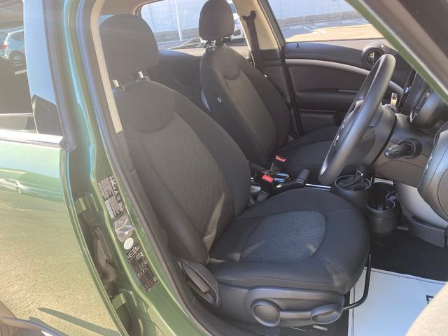クーパーD クロスオーバー オール4 ワンオーナー 社外ナビ 地デジ D/Nシートヒーター コーナーセンサー ドライブレコーダー HIDライト オートライト ETC(6枚目)