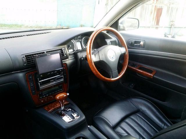 フォルクスワーゲン VW パサートワゴン W8 4モーション 4WD サンルーフ OZ17インチAW