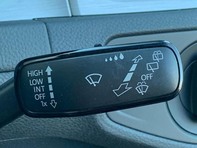 TSIコンフォートラインブルーモーションテクノロジー 2016yモデル 追従クルーズ 衝突軽減ブレーキ プッシュスタート I-STOP ディスカバープロ フルセグ Bluetooth DVD バックカメラ ETC 純正16AW キセノン オートライト(39枚目)