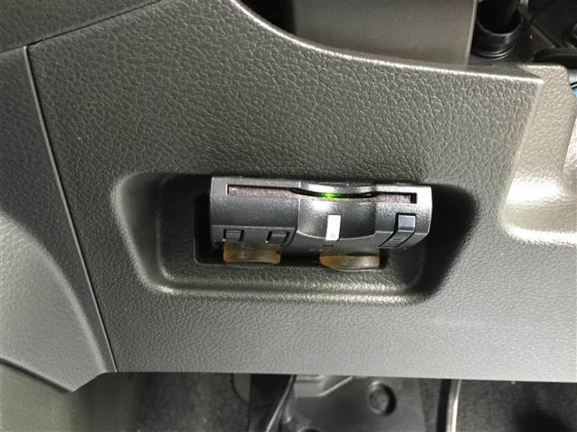 【内装インテリア】現車の確認はお電話で在庫のご確認の上、是非ご来店くださいませ!ご来店の難しい方は店舗スタッフがお電話やメールで詳細をお答えさせて頂きます。