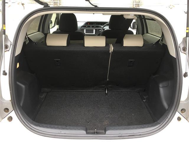 トヨタ アクア S ブルートゥース対応ワンセグナビ キーレスエントリー