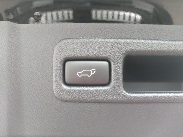 レクサス NX 本革黒革シート 純正ナビ  4WD クルコン シートヒーター