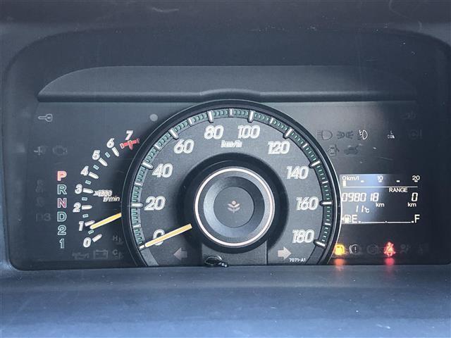 G 4WD フルセグナビ フリップダウンモニター DVD BT キーレスエントリー ETC(4枚目)