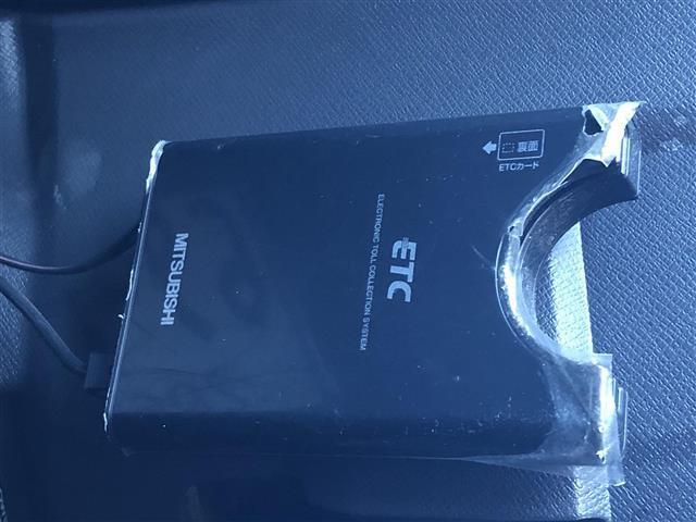 G 4WD フルセグナビ フリップダウンモニター DVD BT キーレスエントリー ETC(10枚目)