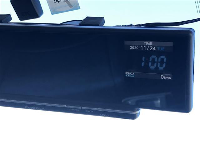 G 4WD フルセグナビ フリップダウンモニター DVD BT キーレスエントリー ETC(11枚目)