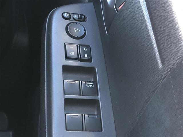 G 4WD フルセグナビ フリップダウンモニター DVD BT キーレスエントリー ETC(13枚目)