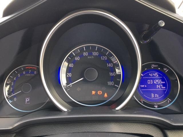 13G・Sパッケージ 4WD 衝突軽減ブレーキ クルーズコントロール AUX スマートキー LEDオートヘッドライト(6枚目)