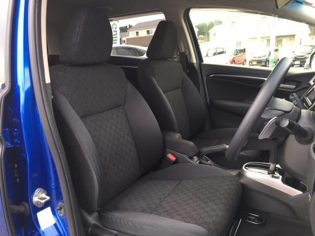 13G・Sパッケージ 4WD 衝突軽減ブレーキ クルーズコントロール AUX スマートキー LEDオートヘッドライト(10枚目)