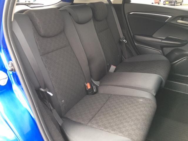 13G・Sパッケージ 4WD 衝突軽減ブレーキ クルーズコントロール AUX スマートキー LEDオートヘッドライト(11枚目)