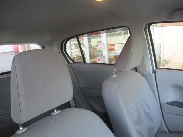 室内は明るく、使用感もあまり感じないほど、とてもキレイに保たれています!中古車は見つけたタイミングも1つの縁だと思いますよ!