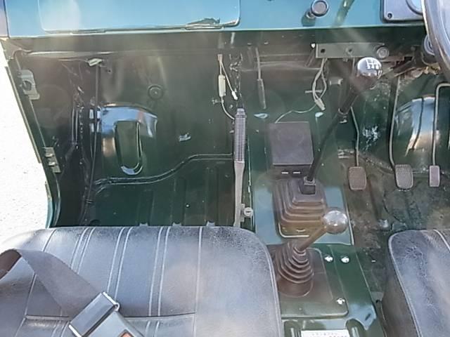 スズキ ジムニー 幌タイプ 4WD