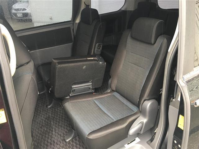 トヨタ ヴォクシー ZS 煌 両側パワスラ HDDナビ ETC スマートキー