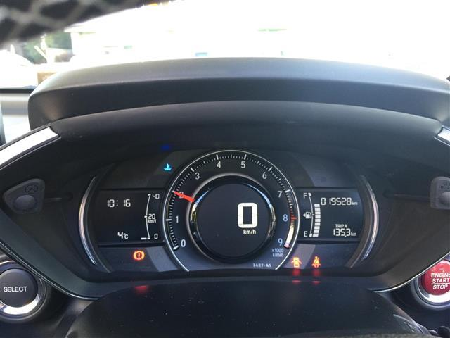 α ワンオーナー クルーズコントロール LEDヘッドライト(10枚目)