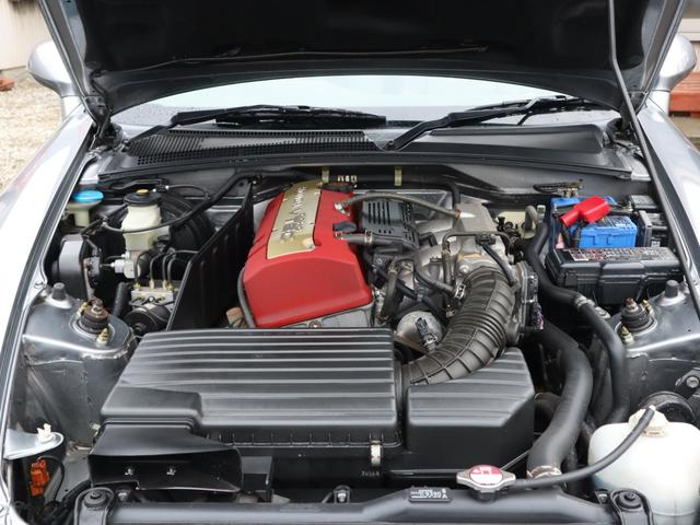 F22Cです!AP1の低回転でのトルク不足を反省点に2.2L化して低速から吹ける気持ちの良いエンジンに仕上がっております!