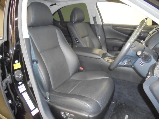 LS600h Iパッケージ 4WD 黒革 サンルーフ エアサス 純正HDDナビ フルセグTV Bカメラ レクサスプレミアムサウンド ドラレコ ETC HIDライト LEDフォグ 電動トランク ステアリングヒーター シートヒーター(14枚目)