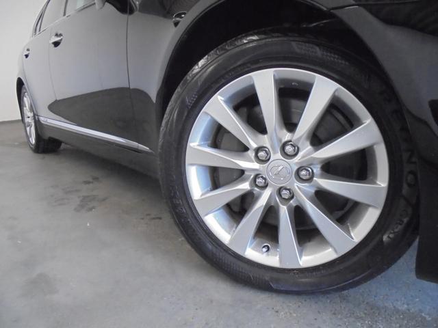 LS600h Iパッケージ 4WD 黒革 サンルーフ エアサス 純正HDDナビ フルセグTV Bカメラ レクサスプレミアムサウンド ドラレコ ETC HIDライト LEDフォグ 電動トランク ステアリングヒーター シートヒーター(18枚目)