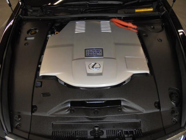 LS600h Iパッケージ 4WD 黒革 サンルーフ エアサス 純正HDDナビ フルセグTV Bカメラ レクサスプレミアムサウンド ドラレコ ETC HIDライト LEDフォグ 電動トランク ステアリングヒーター シートヒーター(19枚目)
