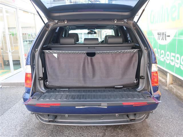 BMW BMW X5 3.0iスポーツパッケージ サンルーフ・レザーシート