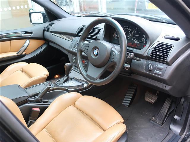 BMW BMW X5 3.0i25thアニバーサリー スポーツPKG 茶革 禁煙車