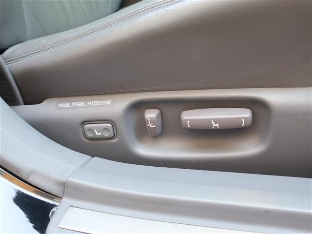 トヨタ セルシオ Cタイプ ワンオーナー・純正マルチ・グレー革・禁煙車
