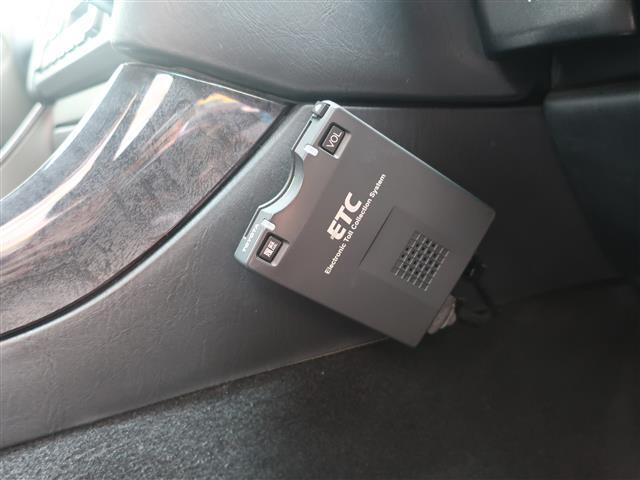 車内にタバコ臭などの嫌なニオイは感じられません