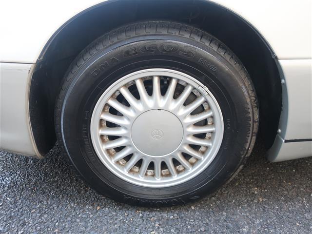 タイヤの山も充分に残っております