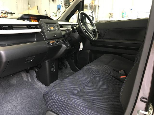 ハイブリッドFX 4WD/純正CDオーディオ/横滑り防止装置/アイドリングストップ/電動格納ミラー/シートヒーター/リモコンキー(19枚目)
