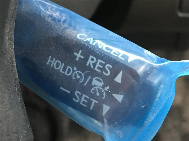 ロイヤルサルーン Four 4WD レーダークルーズ 純正ナビ ETC 前後ドラレコ スタッドレス付き(6枚目)