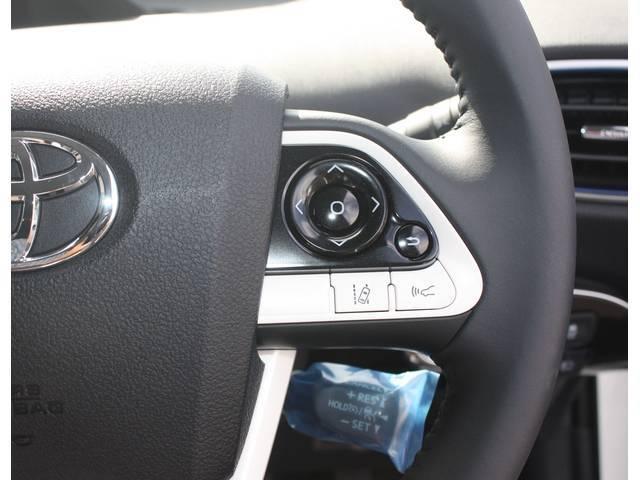 トヨタ プリウス Aプレミアムツーリングセレクション 未使用車
