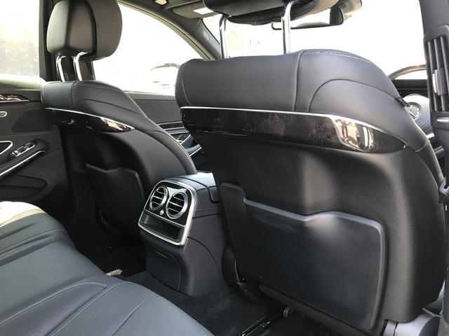 S300h AMGライン ディストロニックプラス 衝突軽減B レーンキープA BSM 黒革シート サンルーフ ヘッドアップディスプレイ 純正ナビTV 360°カメラ パフュームアトマイザー 純正19インチAW(15枚目)