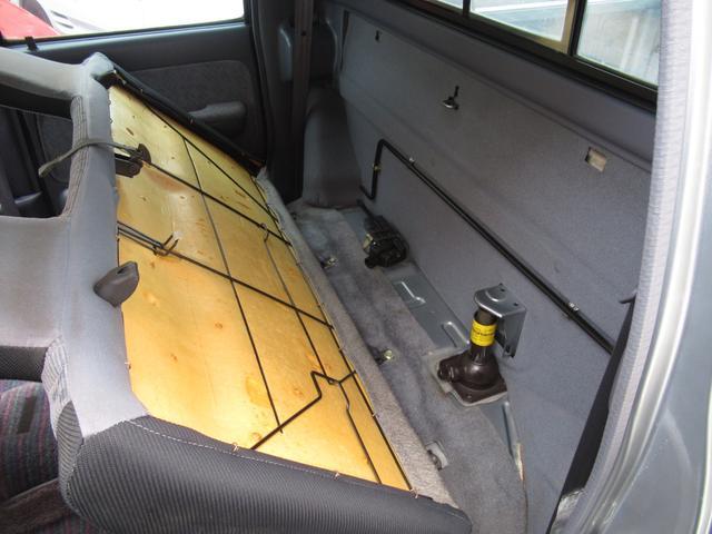 ダブルキャブワイド ワンオーナー 前後メッキバンパー 4WD(9枚目)