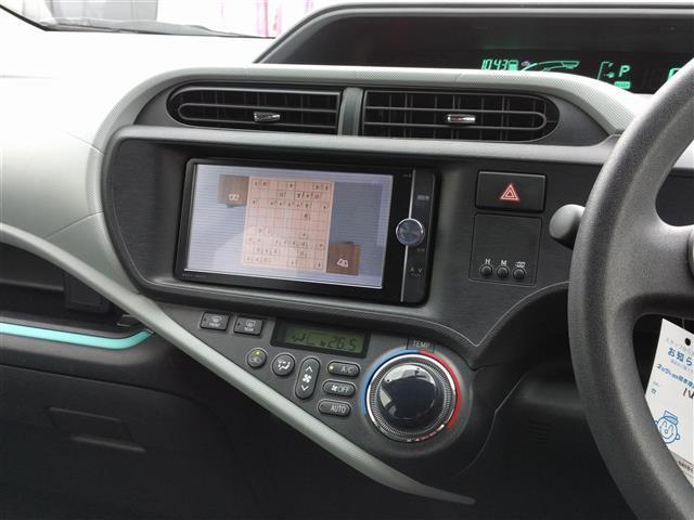 トヨタ アクア S ワンオーナー メモリーナビ バックカメラ スマートキー