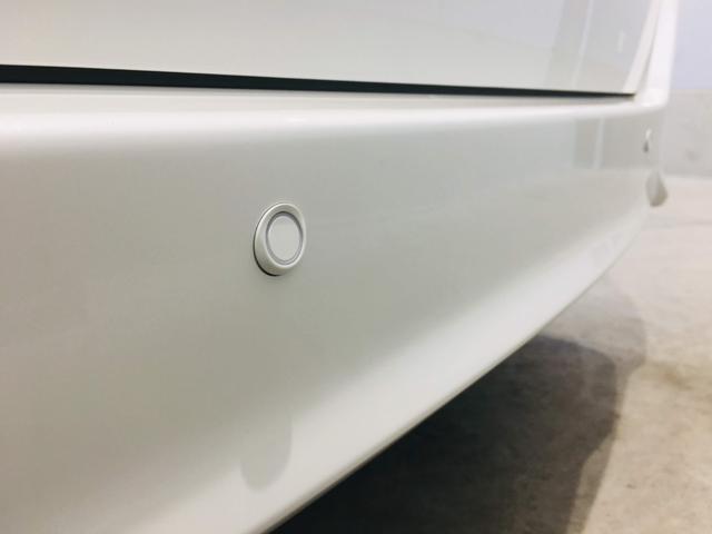 【クリアランスソナー】アクセルの踏み間違いや踏みすぎなどで起こる衝突を緩和し、被害の軽減に寄与するシステム。車庫入れなどの運転時、静止物への接近を表示とブザーで知らせてくれます♪